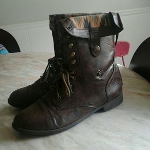 💎5 for $20💎 rampage combat boots